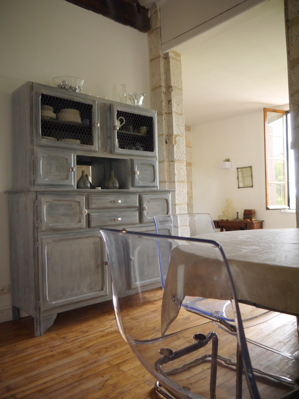 Your perfect dinner setting in Aubeterre